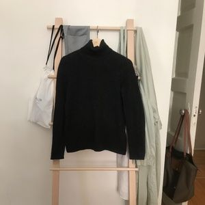 Lord & Taylor 100% Cashmere Turtleneck